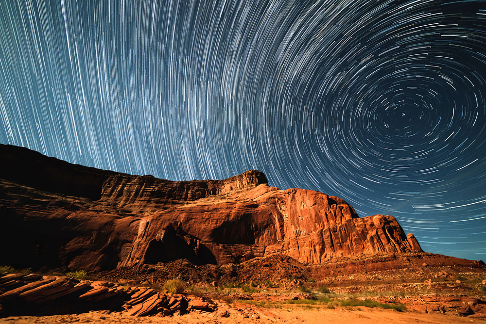 How to shoot star trails and Milkyway in night?