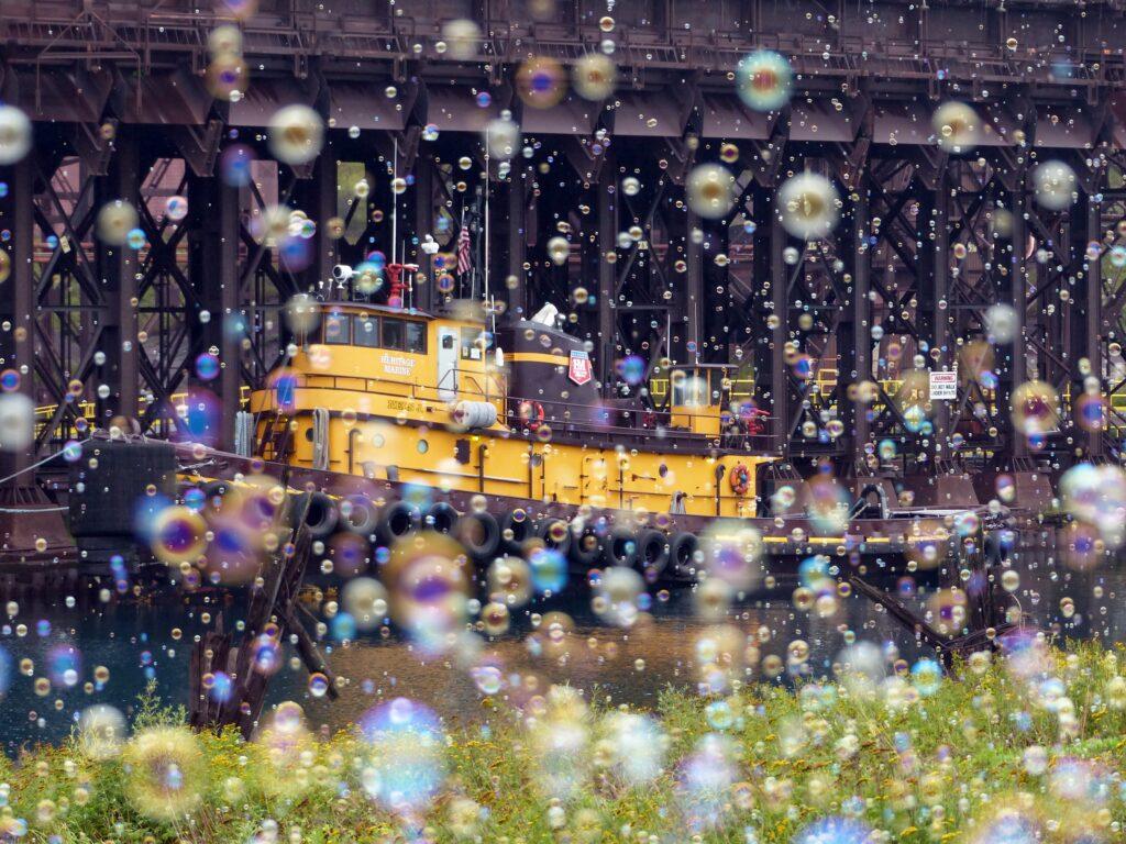 Bubble Tug